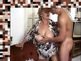 hqairy granny anal
